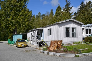 "Main Photo: 1 5575 MASON Road in Sechelt: Sechelt District Manufactured Home for sale in ""Mason Road Mobile Home Community"" (Sunshine Coast)  : MLS® # R2053291"