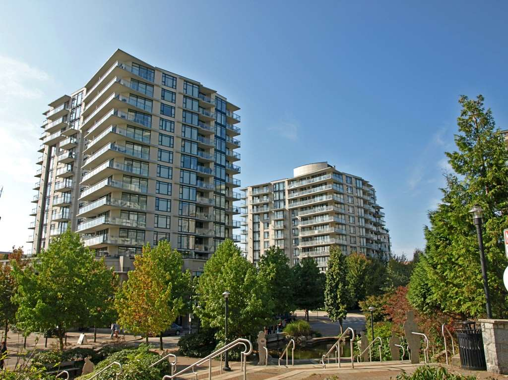"Main Photo: 907 155 W 1ST Street in North Vancouver: Lower Lonsdale Condo for sale in ""Time"" : MLS® # R2086762"