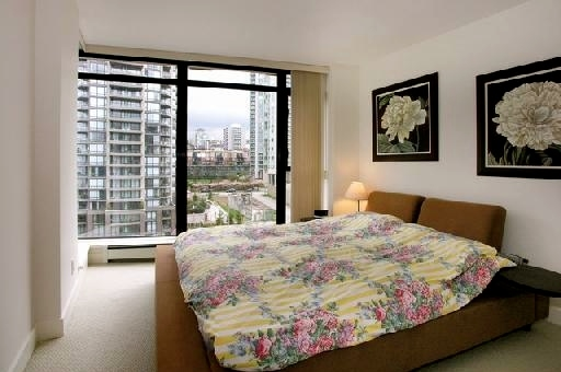 "Photo 5: 907 155 W 1ST Street in North Vancouver: Lower Lonsdale Condo for sale in ""Time"" : MLS® # R2086762"