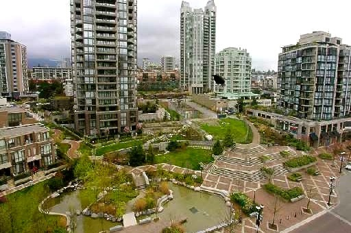 "Photo 8: 907 155 W 1ST Street in North Vancouver: Lower Lonsdale Condo for sale in ""Time"" : MLS® # R2086762"