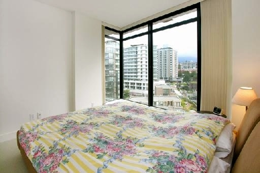 "Photo 6: 907 155 W 1ST Street in North Vancouver: Lower Lonsdale Condo for sale in ""Time"" : MLS® # R2086762"