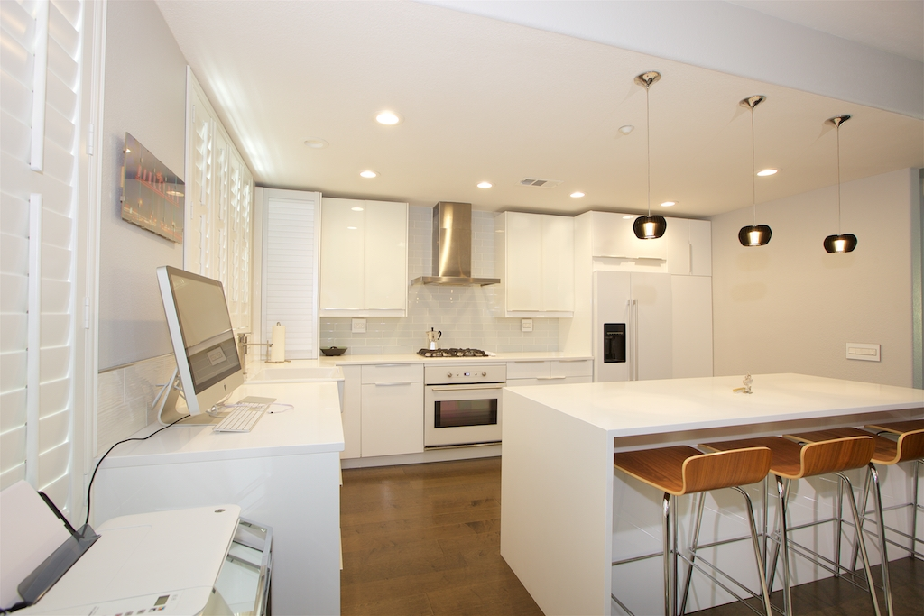 Main Photo: HILLCREST Rowhome for sale : 3 bedrooms : 1605 Polk Ave in San Diego