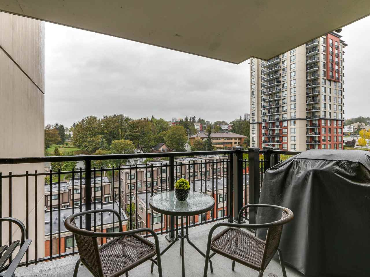 "Photo 3: 1204 833 AGNES Street in New Westminster: Downtown NW Condo for sale in ""THE NEWS"" : MLS(r) # R2112018"