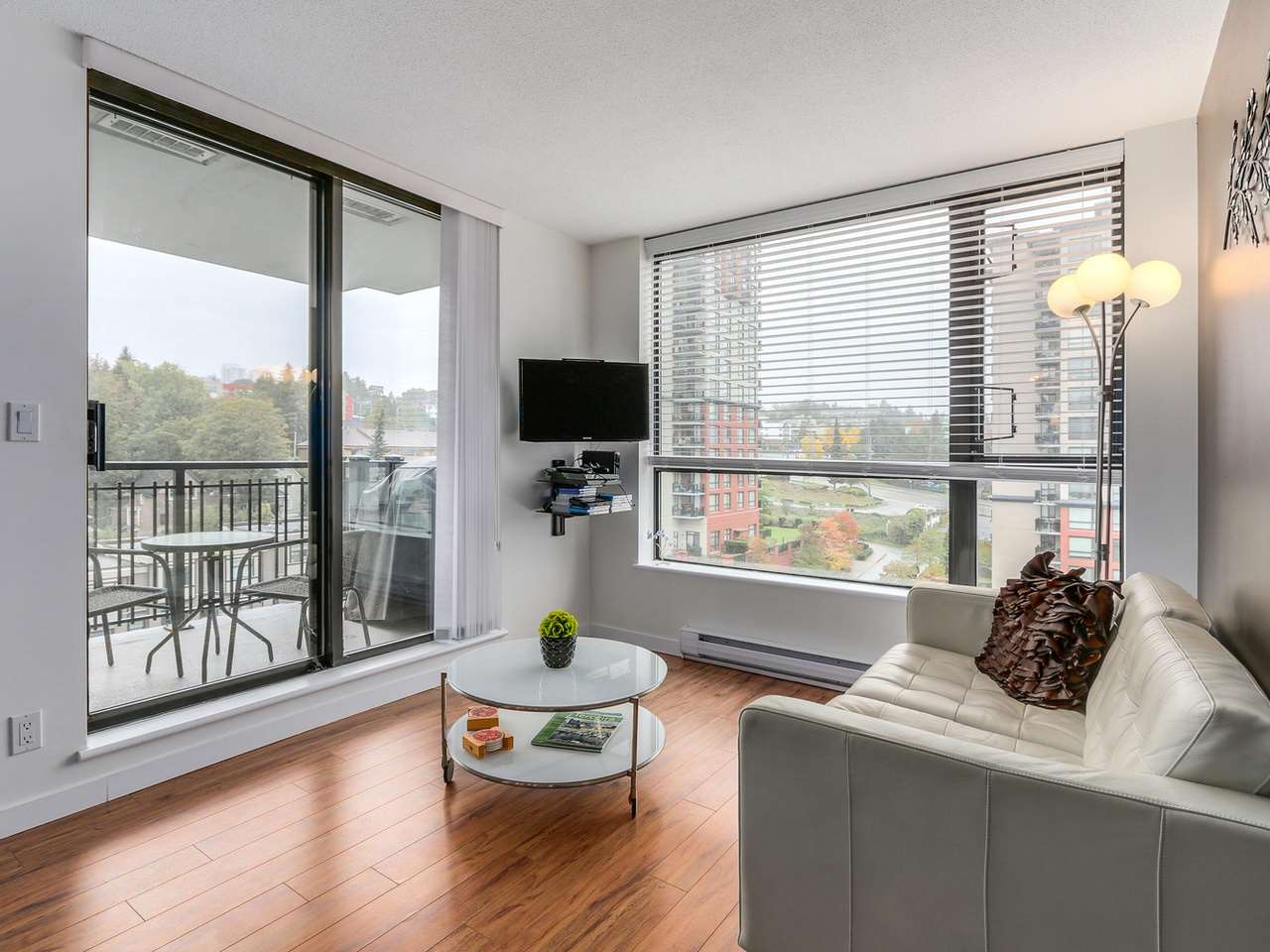 "Photo 10: 1204 833 AGNES Street in New Westminster: Downtown NW Condo for sale in ""THE NEWS"" : MLS(r) # R2112018"