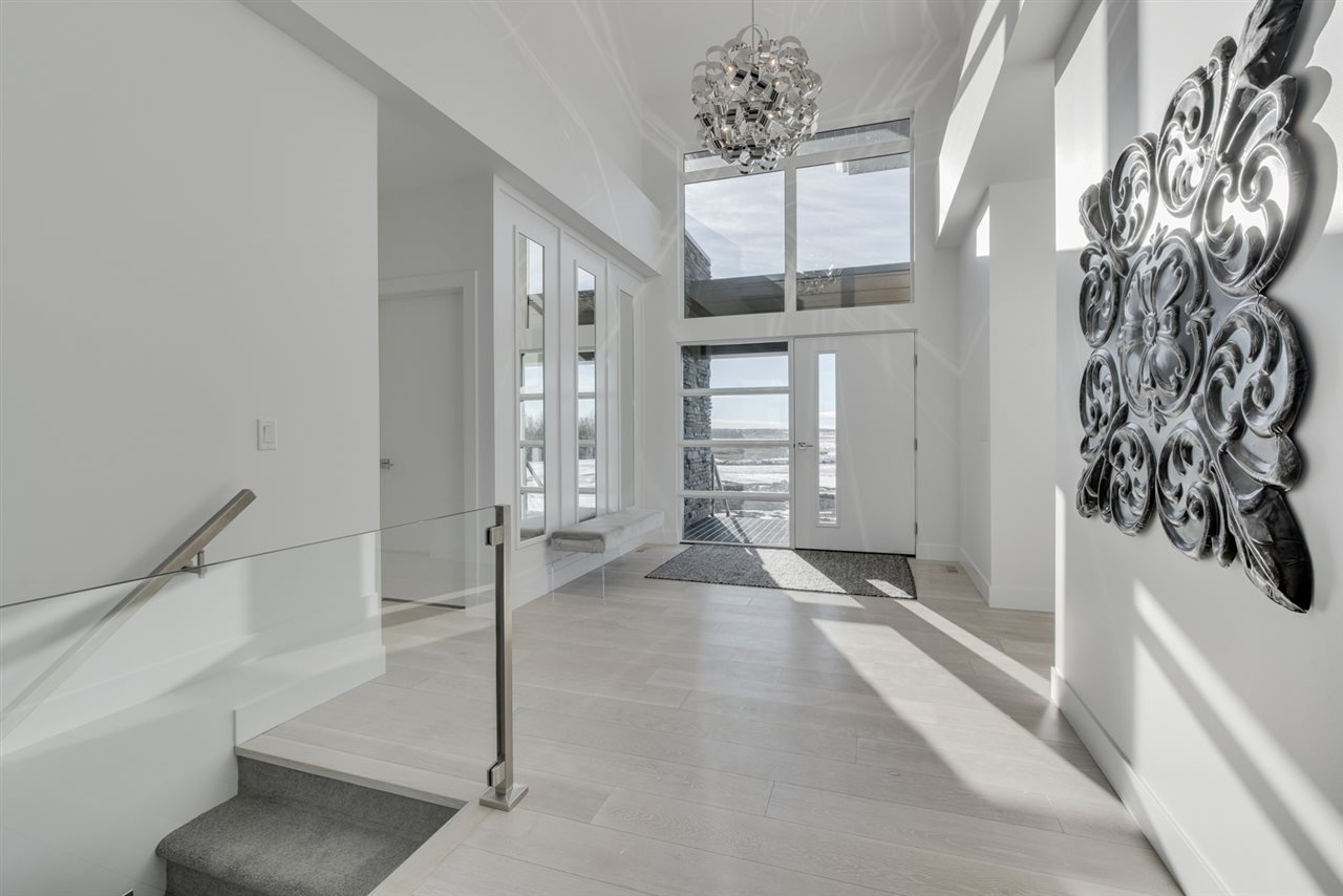 Bright & huge foyer leading to the open concept main floor.