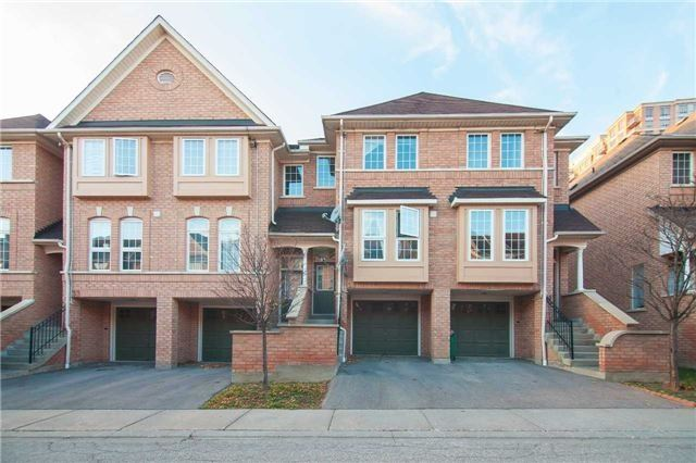 Main Photo: 29 50 Strathaven Drive in Mississauga: Hurontario Condo for sale : MLS(r) # W3673050
