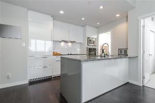 Main Photo: 1902 5728 BERTON Avenue in Vancouver: University VW Condo for sale (Vancouver West)  : MLS(r) # R2129611