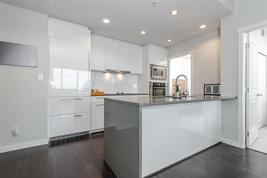Main Photo: 1902 5728 BERTON Avenue in Vancouver: University VW Condo for sale (Vancouver West)  : MLS® # R2129611