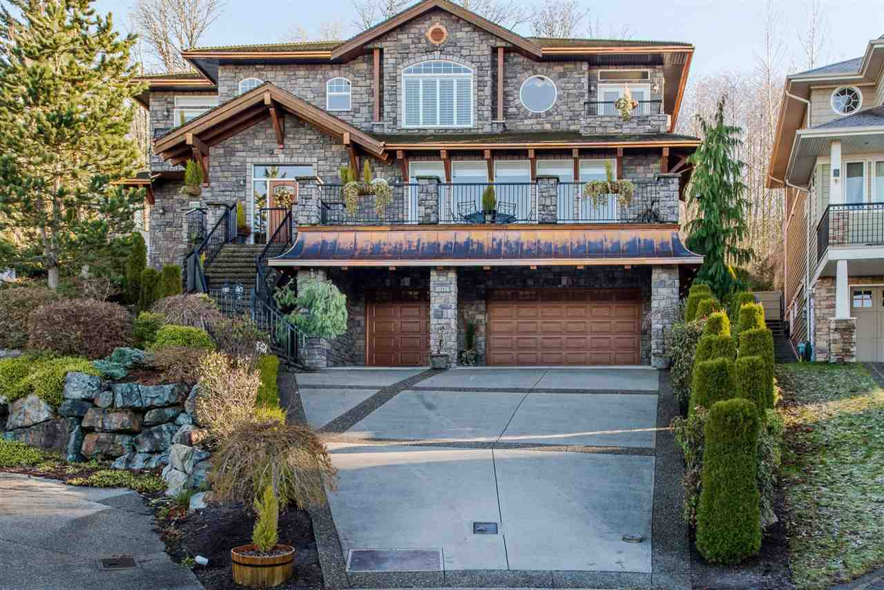 Main Photo: 35734 HAWKSVIEW Place in Abbotsford: Abbotsford East House for sale : MLS®# R2133812