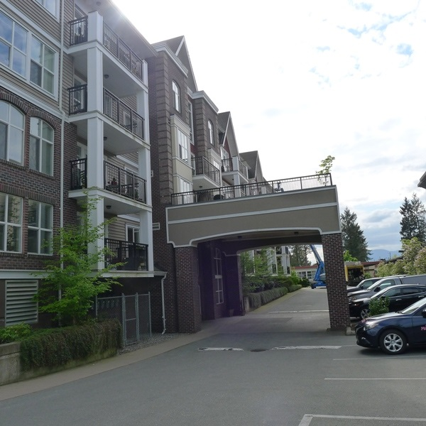 "Main Photo: 309 8933 EDWARD Street in Chilliwack: Chilliwack W Young-Well Condo for sale in ""KING EDWARD"" : MLS(r) # R2165106"