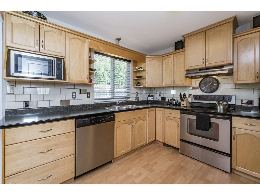 Photo 7: 33731 ERSKINE Avenue in Mission: Mission BC House 1/2 Duplex for sale : MLS® # R2166337