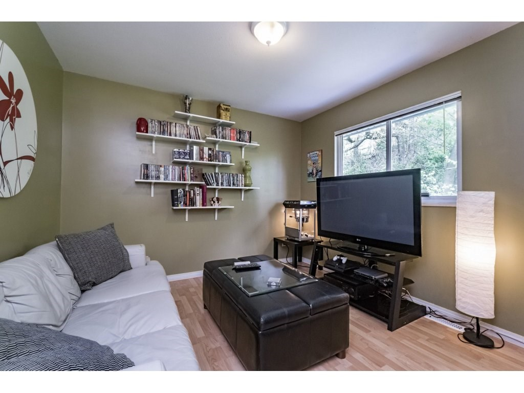 Photo 12: 33731 ERSKINE Avenue in Mission: Mission BC House 1/2 Duplex for sale : MLS® # R2166337