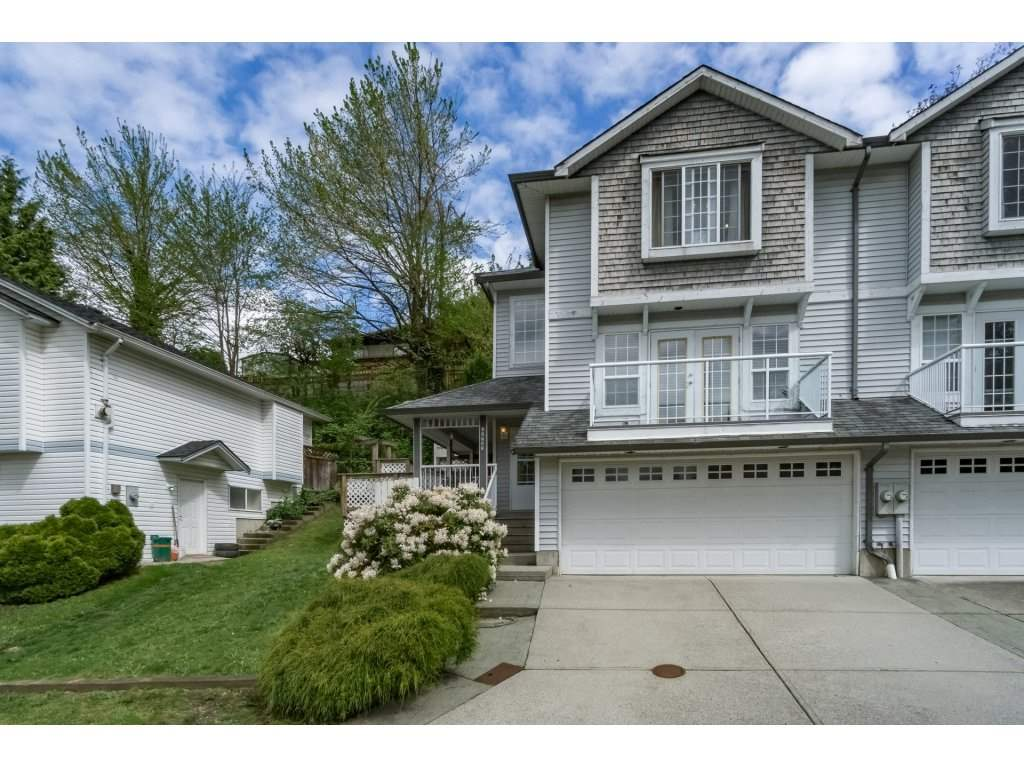 Main Photo: 33731 ERSKINE Avenue in Mission: Mission BC House 1/2 Duplex for sale : MLS® # R2166337