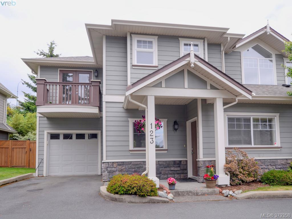 Main Photo: 123 937 Skogstad Way in VICTORIA: La Langford Proper Townhouse for sale (Langford)  : MLS® # 379358