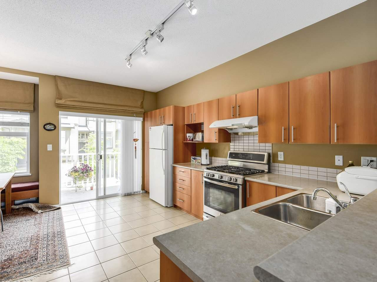 "Photo 8: 47 9333 SILLS Avenue in Richmond: McLennan North Townhouse for sale in ""Jasmine Lane"" : MLS(r) # R2178916"