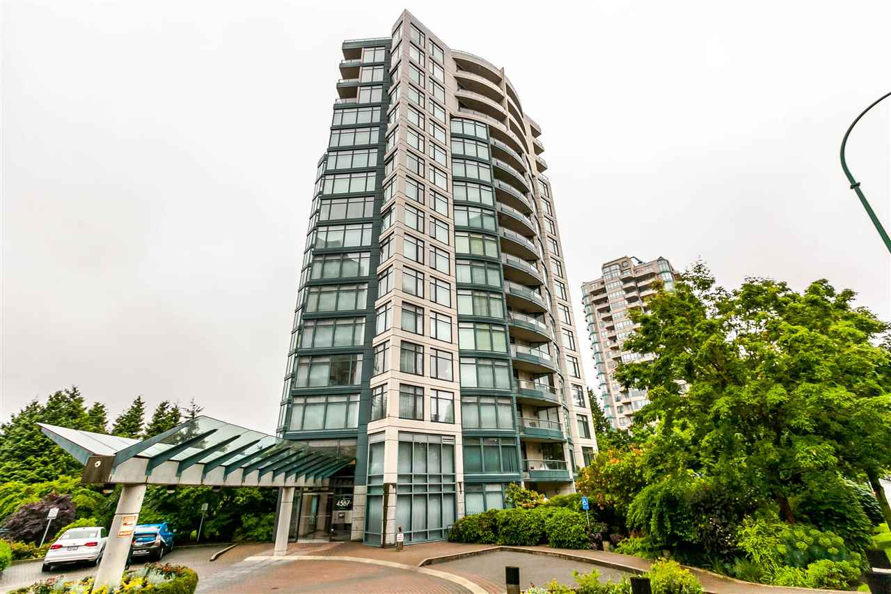 "Main Photo: 1701 4567 HAZEL Street in Burnaby: Forest Glen BS Condo for sale in ""MONARCH"" (Burnaby South)  : MLS(r) # R2179866"