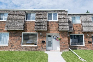 Main Photo: 17 GREAT Oaks: Sherwood Park Townhouse for sale : MLS(r) # E4070069