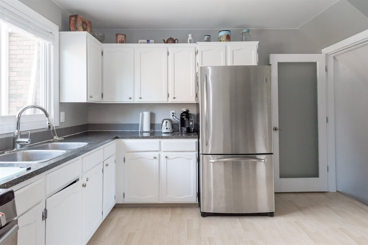 Newer stainless steel fridge as well...