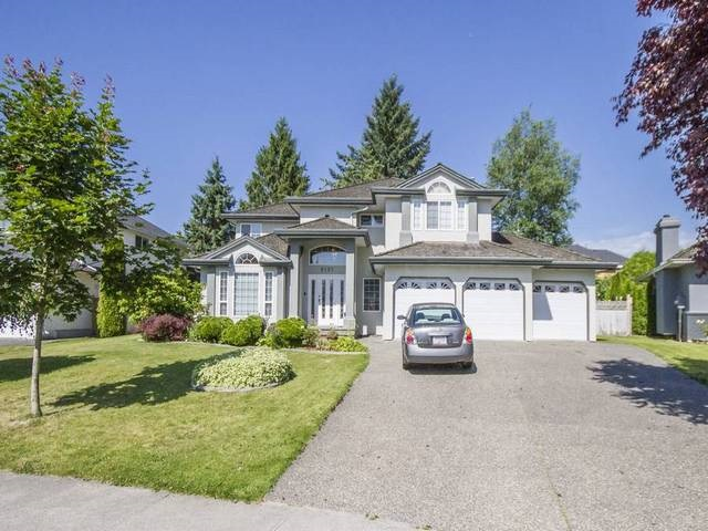 Main Photo: 8137 156A Street in Surrey: Fleetwood Tynehead House for sale : MLS® # R2181797