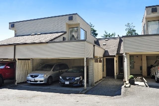 "Main Photo: 112 1210 FALCON Drive in Coquitlam: Upper Eagle Ridge Townhouse for sale in ""FERNLEAF PLACE"" : MLS(r) # R2186776"