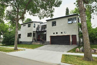 Main Photo: 8860 93 Street in Edmonton: Zone 18 House for sale : MLS(r) # E4074744