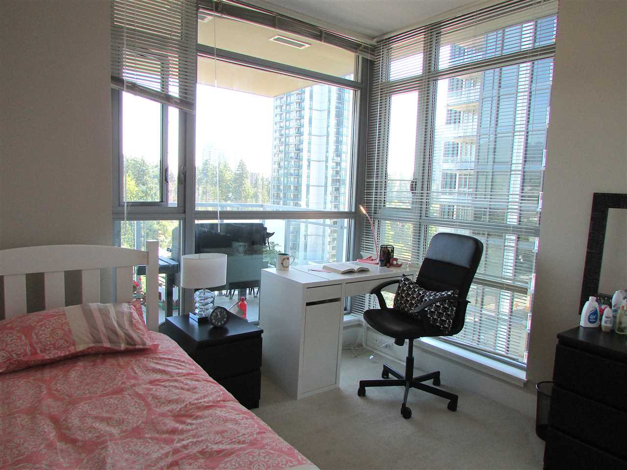 "Photo 8: 1506 3008 GLEN Drive in Coquitlam: North Coquitlam Condo for sale in ""M2"" : MLS® # R2193359"