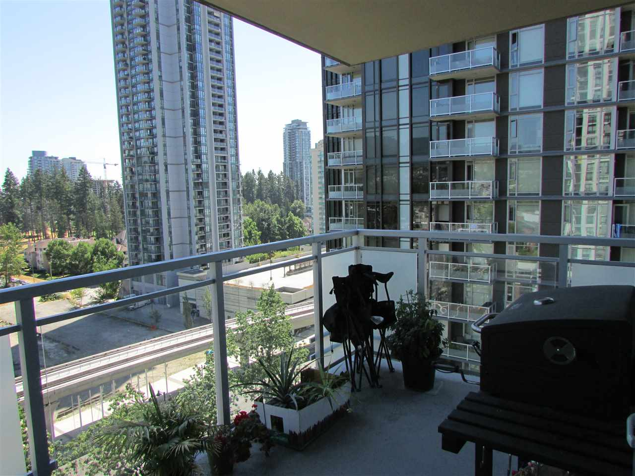 "Photo 10: 1506 3008 GLEN Drive in Coquitlam: North Coquitlam Condo for sale in ""M2"" : MLS® # R2193359"