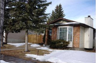 Main Photo: 7031 TEMPLE Drive NE in Calgary: Temple House for sale : MLS® # C4163106