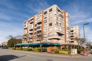 "Main Photo: 502 15111 RUSSELL Avenue: White Rock Condo for sale in ""Pacific Terrace"" (South Surrey White Rock)  : MLS®# R2246368"