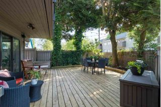 "Main Photo: 110 1425 CYPRESS Street in Vancouver: Kitsilano Condo for sale in ""CYPRESS WEST"" (Vancouver West)  : MLS®# R2270518"