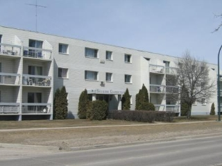 Main Photo: 104-65 Main Street: Condominium for sale (R14)  : MLS® # 2807797