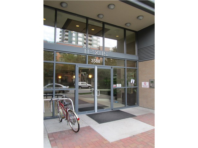 "Photo 2: # 217 3588 CROWLEY DR in Vancouver: Collingwood VE Condo for sale in ""NEXUS"" (Vancouver East)  : MLS(r) # V1028847"