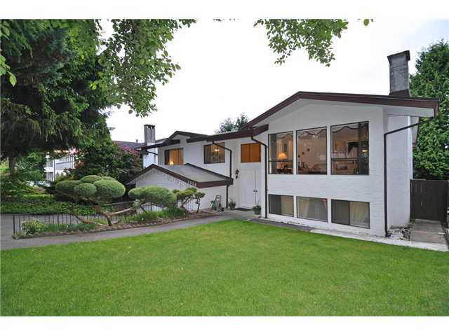 "Main Photo: 7570 KILREA Crescent in Burnaby: Montecito House for sale in ""S"" (Burnaby North)  : MLS®# V1052145"