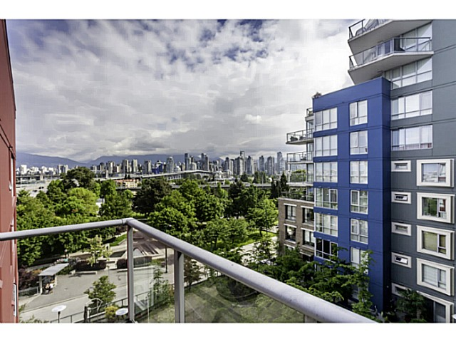 "Photo 10: 611 1485 W 6TH Avenue in Vancouver: False Creek Condo for sale in ""CARRARA OF PORTICO"" (Vancouver West)  : MLS® # V1065227"
