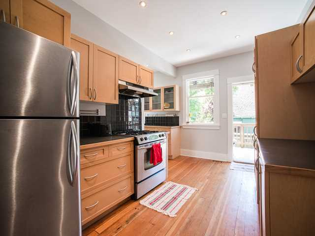 Photo 8: 2169 VICTORIA Drive in Vancouver: Grandview VE House for sale (Vancouver East)  : MLS(r) # V1131752