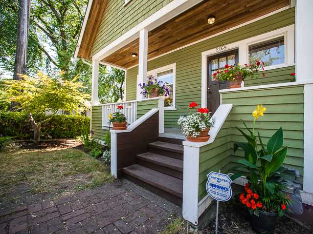 Main Photo: 2169 VICTORIA Drive in Vancouver: Grandview VE House for sale (Vancouver East)  : MLS(r) # V1131752