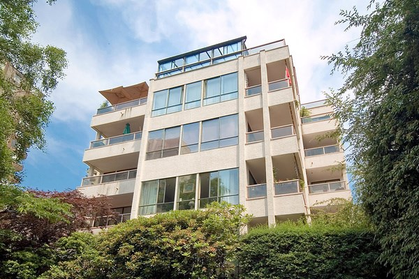 "Main Photo: 601 1133 HARWOOD Street in Vancouver: West End VW Condo for sale in ""HARWOOD MANOR"" (Vancouver West)  : MLS® # R2023943"
