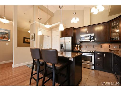 Photo 6: 405 3226 Jacklin Road in VICTORIA: La Walfred Condo Apartment for sale (Langford)  : MLS® # 365099