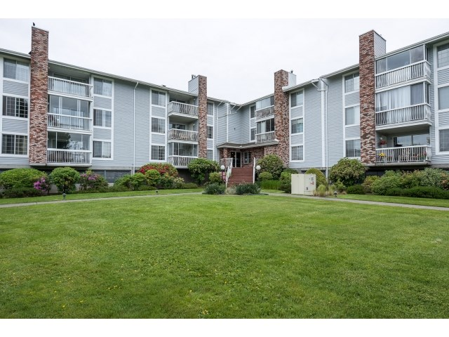 "Main Photo: 225 5379 205 Street in Langley: Langley City Condo for sale in ""Hertiage Manor"" : MLS®# R2070301"