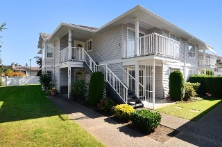"Main Photo: 14 1160 INLET Street in Coquitlam: New Horizons Townhouse for sale in ""CAMELOT"" : MLS(r) # R2109810"