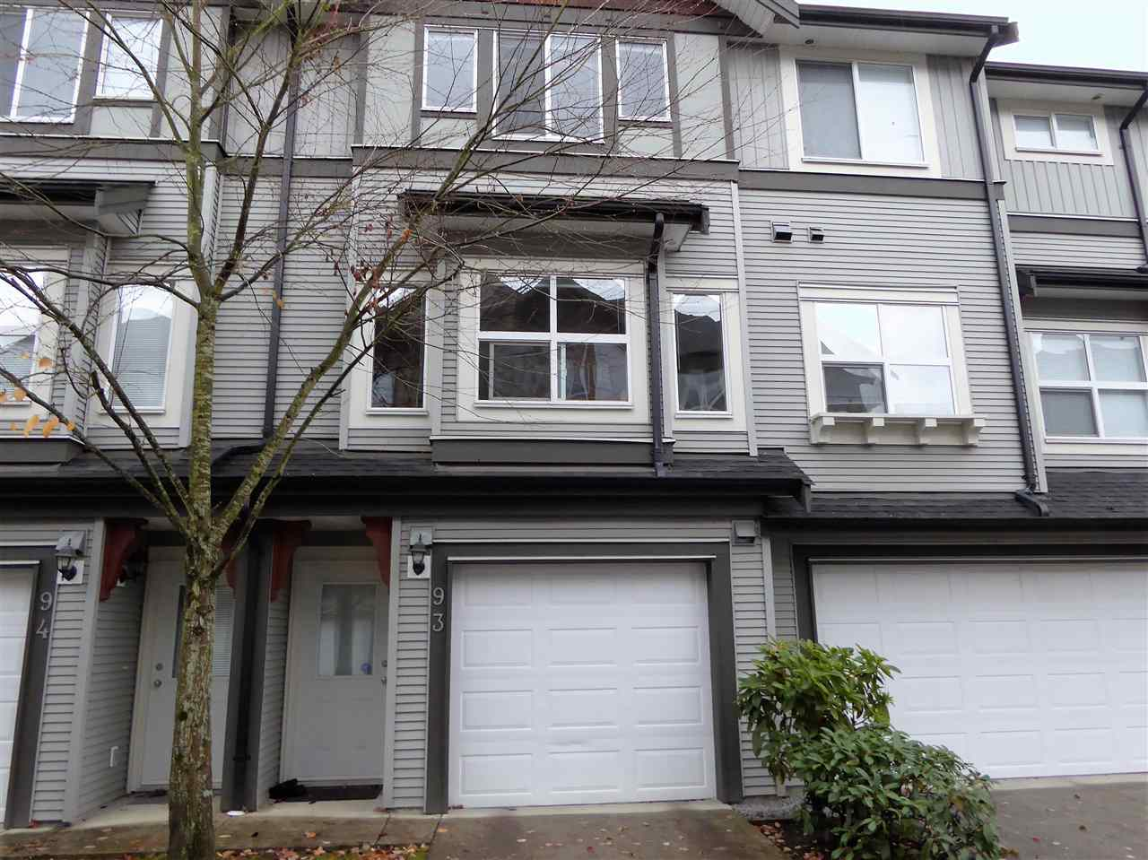 "Photo 15: 93 1055 RIVERWOOD Gate in Port Coquitlam: Riverwood Townhouse for sale in ""MOUNTAIN VIEW ESTATES"" : MLS® # R2117234"