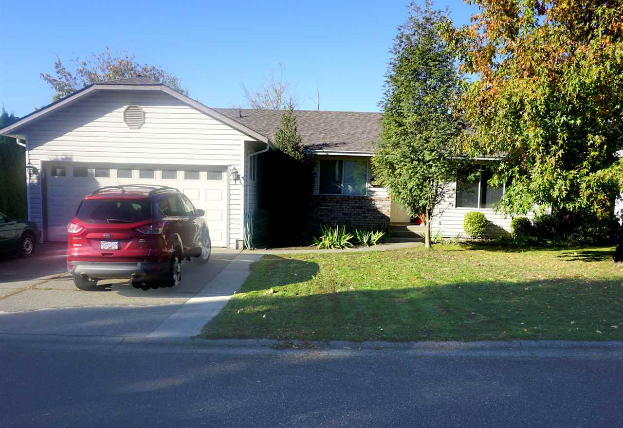 Main Photo: 34765 MCMILLAN Court in Abbotsford: Abbotsford East House for sale : MLS®# R2123721