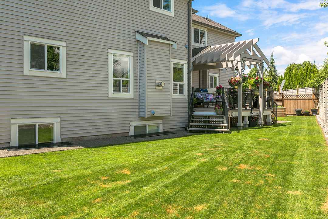 Photo 18: 20469 98A Avenue in Langley: Walnut Grove House for sale : MLS(r) # R2173944