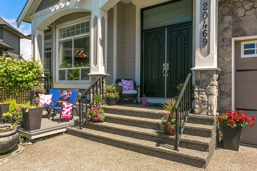 Photo 19: 20469 98A Avenue in Langley: Walnut Grove House for sale : MLS(r) # R2173944