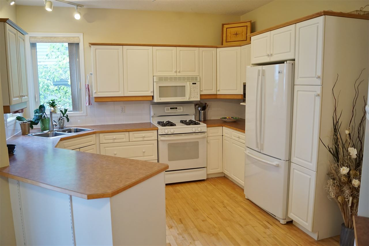 14) Kitchen open to breakfast nook
