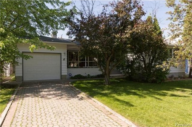 Main Photo: 6 Robert Service Bay in Winnipeg: Residential for sale (5G)  : MLS® # 1715155