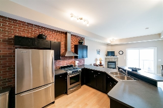 Main Photo: 302 8223 99 Street in Edmonton: Zone 15 Condo for sale : MLS(r) # E4070459
