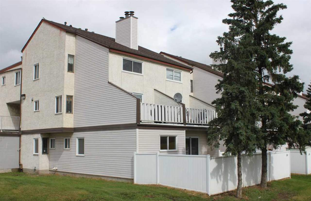 Main Photo: 229 LANCASTER Terrace in Edmonton: Zone 27 Carriage for sale : MLS® # E4073723