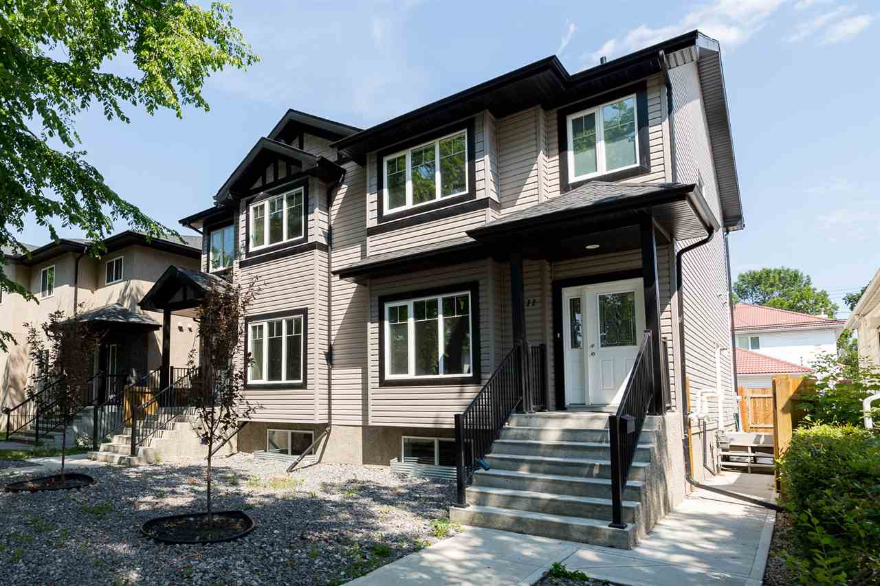 Main Photo: 9211 92 Street NW in Edmonton: Zone 18 House Half Duplex for sale : MLS® # E4074116