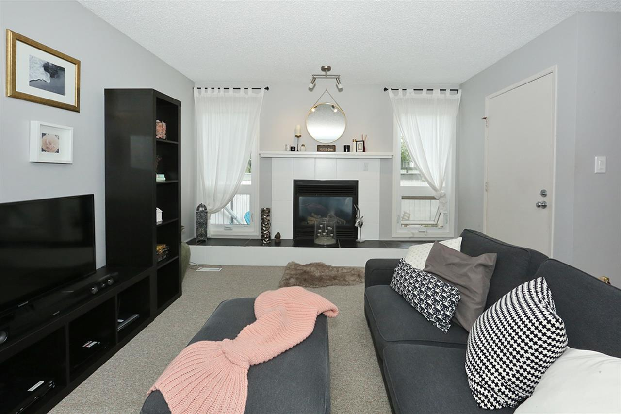 Main Photo: 32 1904 48 Street in Edmonton: Zone 29 Townhouse for sale : MLS® # E4074601